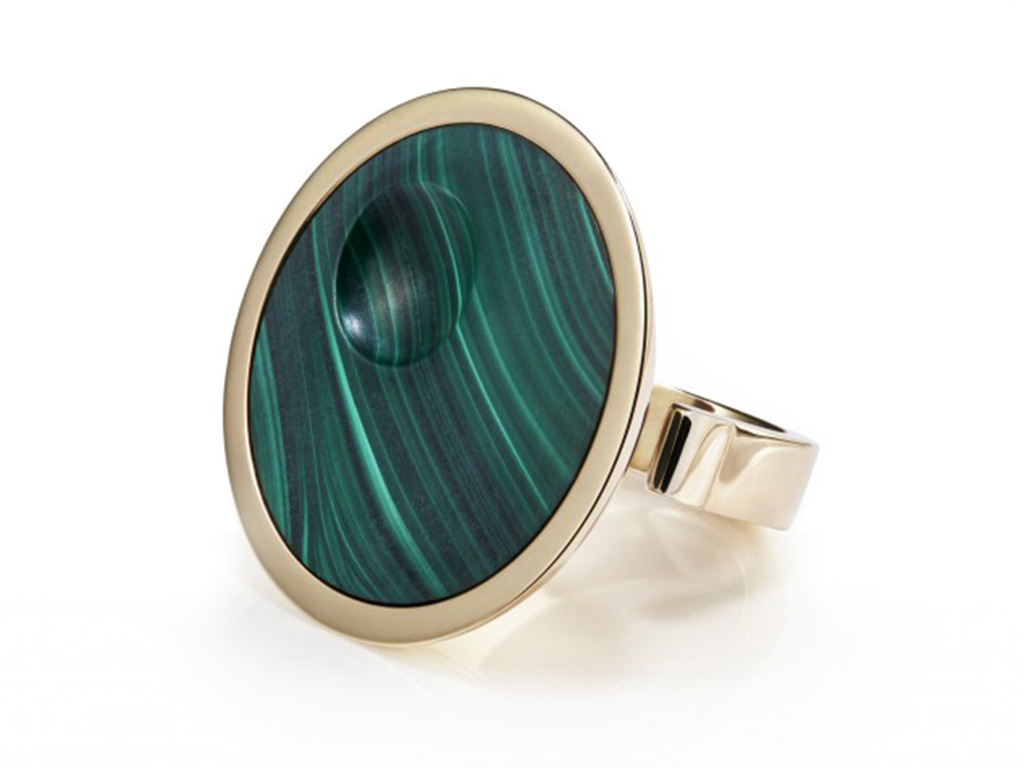 Gold Oscar ring inset with honed malachite.